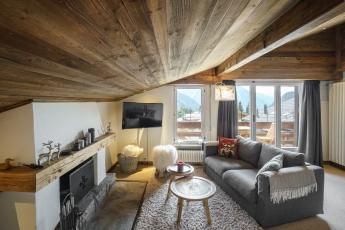 Central boutique style Verbier apartment for six