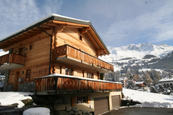 Central apartment in Verbier sleeps 6