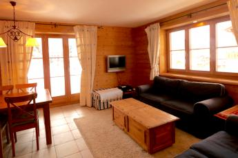 Central apartment in Verbier sleeps 7