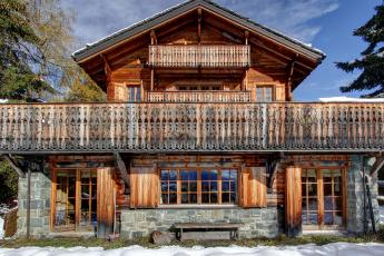 Verbier luxury family chalet at le rouge